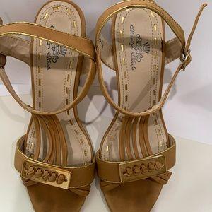 Ladies Cute Sandals size 7.5
